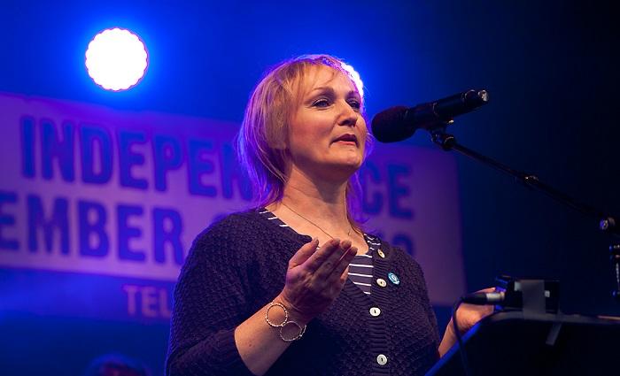Carolyn Leckie