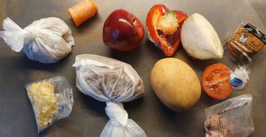 Parents blast 'woefully inadequate' food parcels for children learning at home